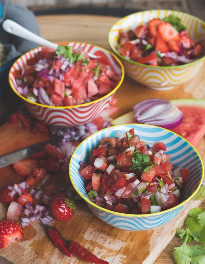 Pico de Gallo Salsas Frecsa -  Classic, Erdbeere oder Melone  Pico de Gallo, die frische Sommer Salsa aus Mexiko. Tomaten, Limette und Koriander sorgen für Frische zu jedem Party- und Streetfood Klassiker.