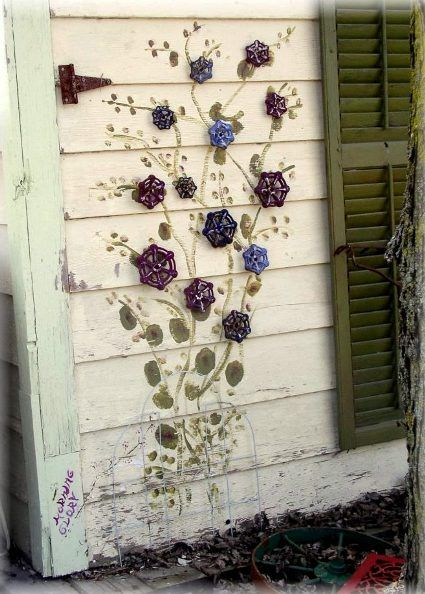 'Garden Art: Faucet Handle Flowers' Faucet handles and vintage spigots capture a Flea Market Gardener's imagination and garden art is the result! | NoteStream app - gardening                                                                                                                                                      More