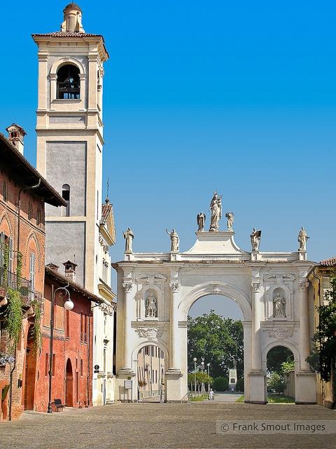 Arco di Belvedere - Cherasco - Piemonte - Italia