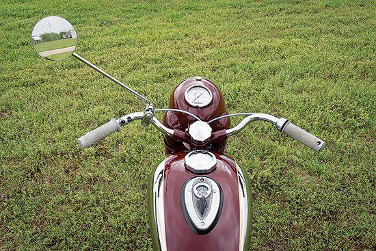 Iron Curtain Artistry: 1954 JAWA 250 Perak - More Classic Motorcycles…