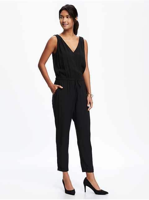 Popular The Jumpsuit A Fashion Statement That Used To Be Reserved For Popstars, Catwoman, And Old Women In Vegas, Has Now Become A Trend That Everyone Is Trying To Jump On! We Took Baby Steps Back Into The 70sinspired Look By Embracing