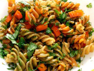 Салат лапши быстрого приготовления