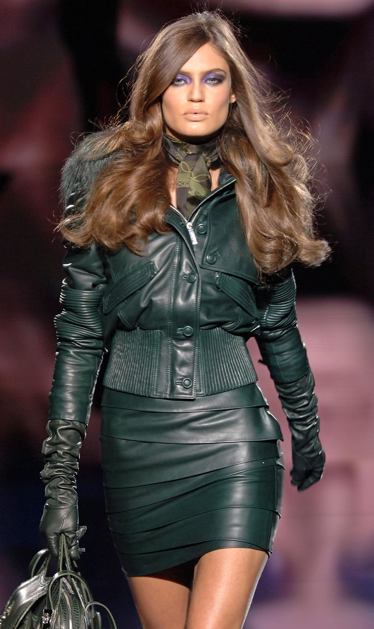 Best womens leather gloves - Leather Collection Versace Fw 2006
