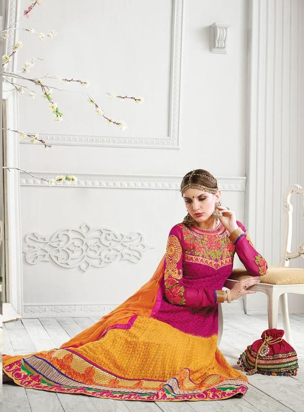 #VYOMINI - #FashionForTheBeautifulIndianGirl #MakeInIndia #OnlineShopping #Discounts #Women #Style #EthnicWear #OOTD Only Rs 4871/, get Rs 502/ #CashBack,  ☎+91-9810188757 / +91-9811438585