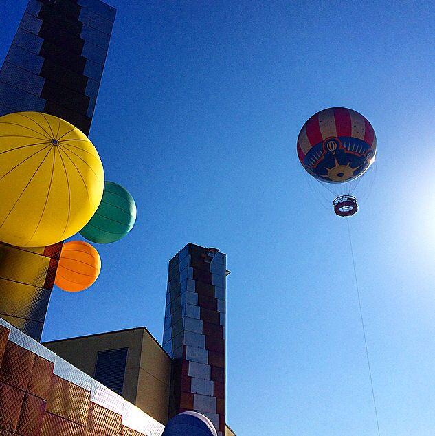 Hot air balloon ride at Disneyland Paris. Part of my bucket list. Blogged at http://suggestivedigestive.com/2014/09/11/bucket-list-hot-air-balloon-ride-panoramagique/