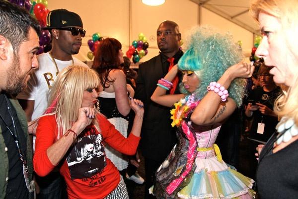 Pants off dance off w/ Betsey Johnson & Nicki Minaj