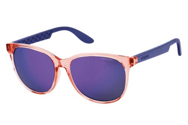 Carrera 5001 Orange Metal Violet – model cu lentile speciale, mirrored/oglinda, au un aer foarte modern. Este perfect pentru tinerii carora le plac aventurile, acestia fiind inruditi cu linia de ochelari de soare Carrera Craze Range.
