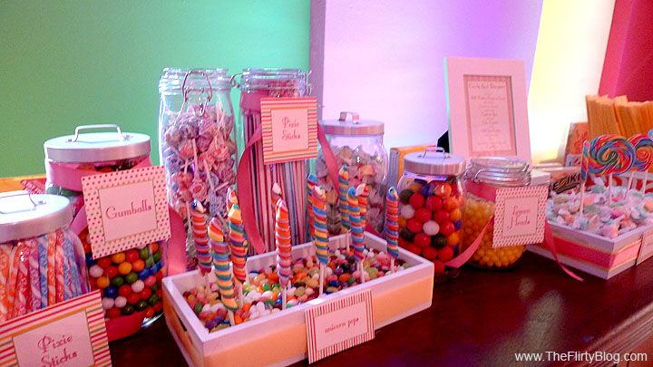 I WILL have a candy bar at my wedding! Love, love, LOVE this idea!!!
