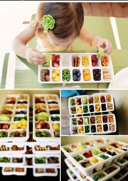 Toddlers do not eat much. Satisfy their bird-like appetites in an ingenious way - using ice trays. I think my light eaters might eat more like this.