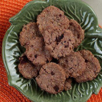 Tambahkan buah cherry di dalam menu makanan bayi Anda. Tidak hanya dijadikan pure, biskuit juga bisa lho, Bunda.
