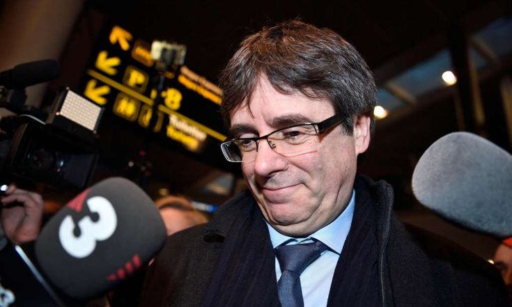 SPAIN - Carles Puigdemont: Court rejects new bid to arrest Catalan ex-president - January 22, 2018.  Spain's supreme court has rejected a request from prosecutors to reactivate the international arrest warrant for Carles Puigdemont after the deposed Catalan president flew to Denmark from Belgium to speak at a conference on Monday.