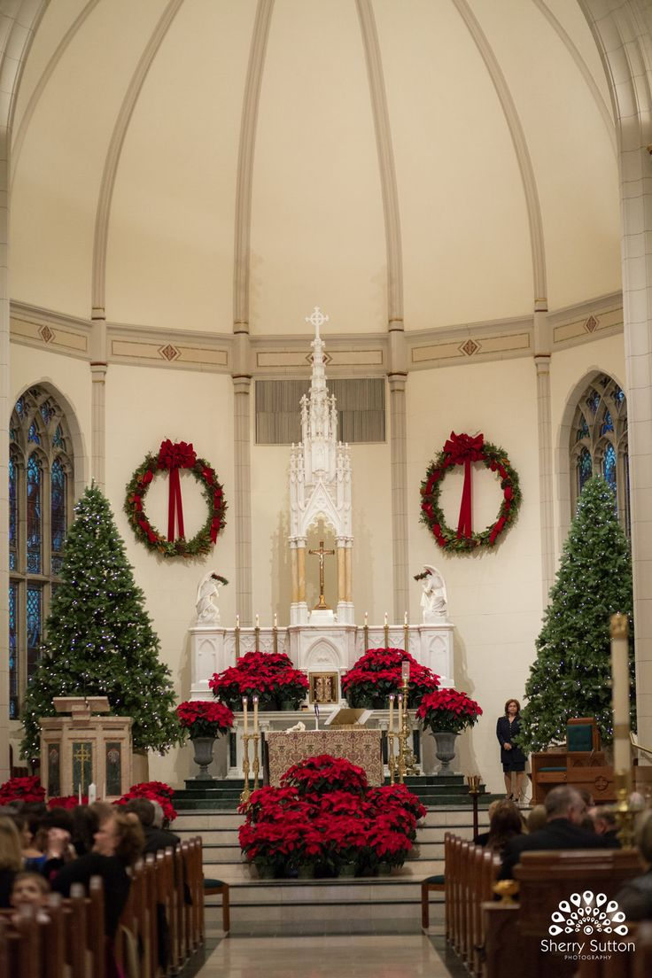 Christmas Wedding Church Decoration