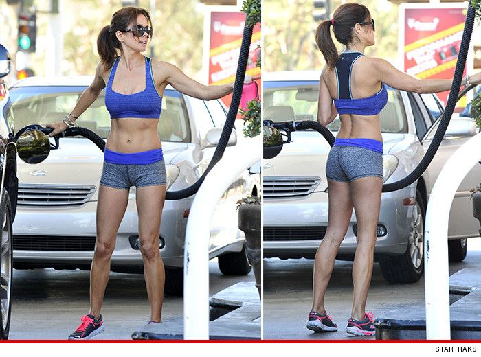 Brooke Burke.  Perfect Body.  That's what I wear to the gas station too.