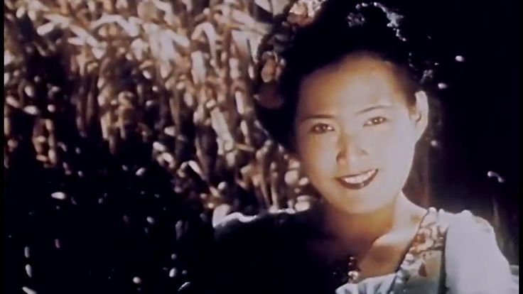 Siam 1941 Travelcade Film Corp; Color Footage of Thailand narrated by Milton Cross https://www.youtube.com/watch?v=UYbgmTfnY_E #Thailand #travel #history