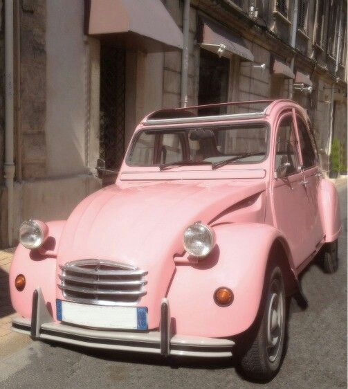 "Pink cute ""Euro Car"" love it~ Look at the sunroof on that little pink pretty!"