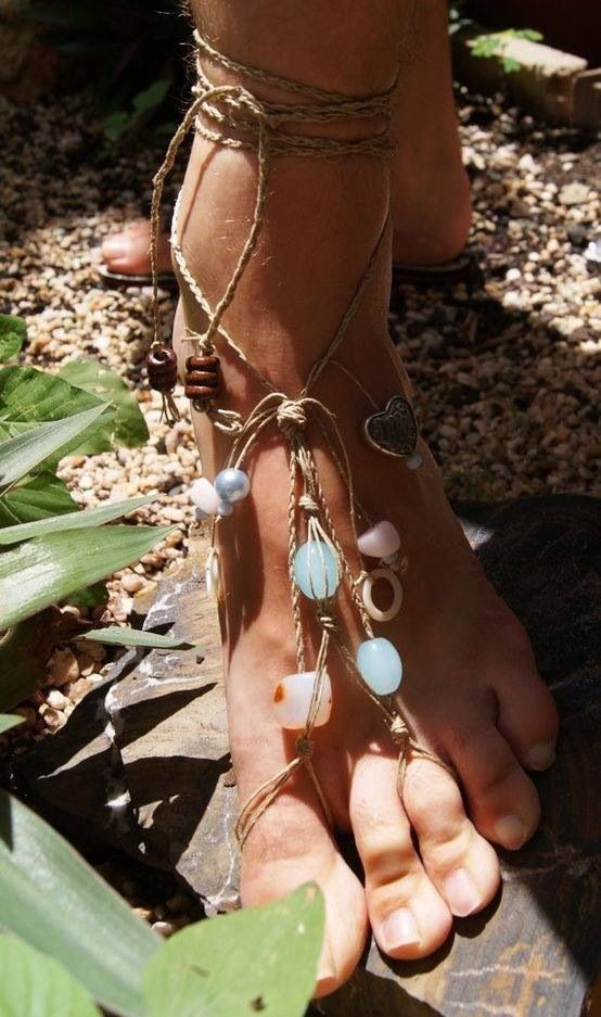 Pretty anklet. i think i will make one :) found on FB gypsy.junkie page