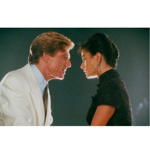 """Robert Redford e Demi Moore em PROPOSTA INDECENTE (Indecent Proposal). 1-""""Quando você ama uma pessoa tem que deixar ela ir, se um dia ela voltar, ela será sempre sua, se não, é porque nunca foi."""" 2-""""Eu quis comprar você, porque você disse que não podia ser comprada."""""""