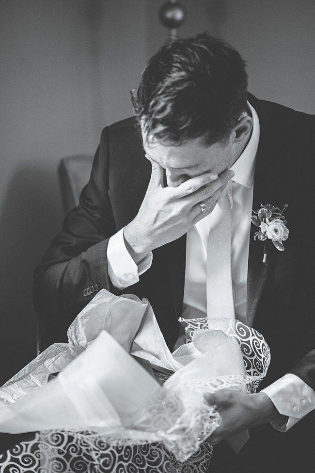 Toronto Wedding Photography, Alisha Lynn Photography - Inn on the Twenty + Cave Springs Winery: Laura + Alex Niagara on the lake Wedding. Such a thoughtful wedding day gift!
