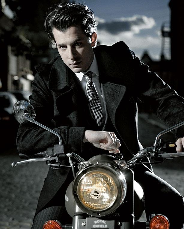 Mark Ronson Bang Bang Bang Video - Fall Suits with Mark Ronson - Esquire (2010) and dang he is pretty
