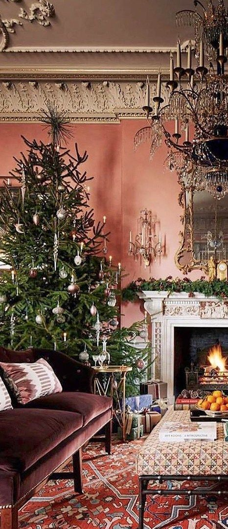 Holiday Home Tours CHRISTMAS Pinterest Christmas decorations
