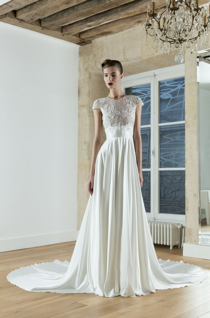 """Morning Glory"" – La robe ""best seller"" de notre collection mariage. Avec sa jupe …   – Wedding Dress"
