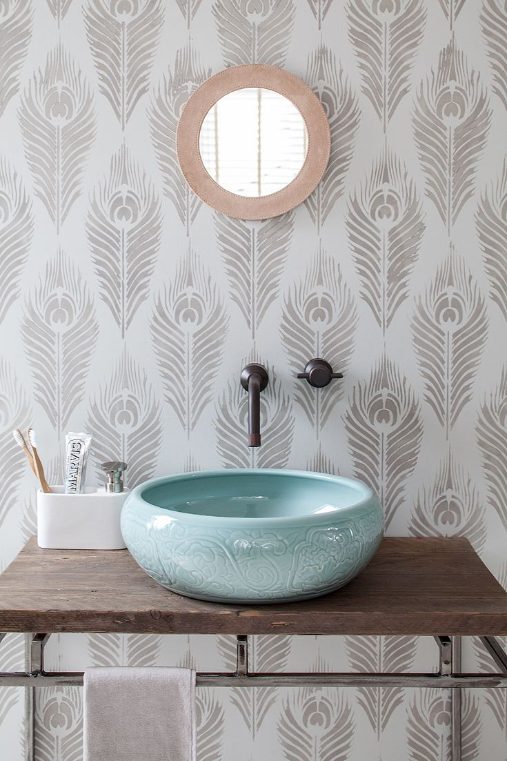 The B L O S S O M Porcelain Basin With An Embossed Oriental