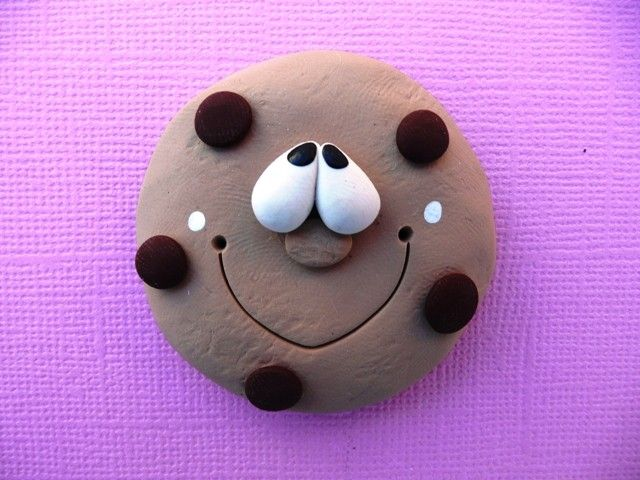 Polymer Clay Fridge Magnet CHOCOLATE CHIP COOKIE. $4.00, via Etsy.
