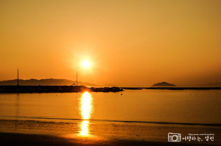 온 세상이 노을빛으로 물든 듯한 지리청송해변  (사진_2015트래블로거 앨런)