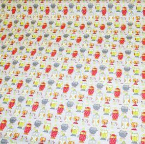 http://www.radicifabbrica.it/prodotto/tessuto-happy-h-cm-160-dis-gufi/ Tessuto Happy in 100% puro cotone stampato, la stoffa è grigia chiara con tanti piccoli gufetti colorati. Il tessuto è alto cm 160. Il prezzo di Euro 12.00 si riferisce al metro lineare. Prodotto in Francia.  Possiamo confezionare questo articolo su misura, richiedi un preventivo!