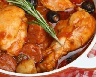 Cocotte de dinde méditerranéenne pour diabétiques : http://www.fourchette-et-bikini.fr/recettes/recettes-minceur/cocotte-de-dinde-mediterraneenne-pour-diabetiques.html