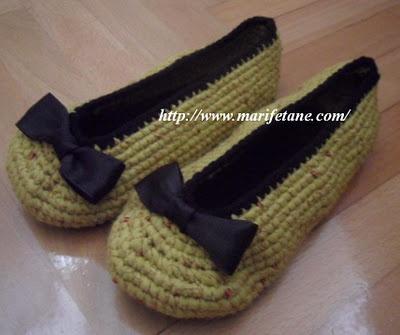Tığ işi kurdelalı bayan babet modeli:http://www.marifetane.com: Modeli Http Www Marifetane Com, Mode Http Www Marifetan Com, Kurdelalı Bayan, Crochet Shoes, Işi Kurdelalı, Crochet, Bayan Babet, Patik Modelleri