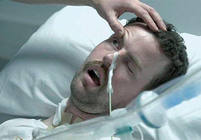 Quando Terry Newberry, um engenheiro galês de apenas 31 anos, descobriu que estava com Síndrome de Guillain-Barré (SGB), nem imaginava o que estava por vir. A síndrome acontece quando o próprio sistema imunológico ataca as células nervosas do corpo, causando fraqueza muscular e, em alguns casos, a paralisia. Os sintomas podem durar meses, e a maioria dos pacientes consegue se recuperar totalmente, ainda que a síndrome possa levar a morte. E o caso de Terry era grave. Tão grave que ele estava…