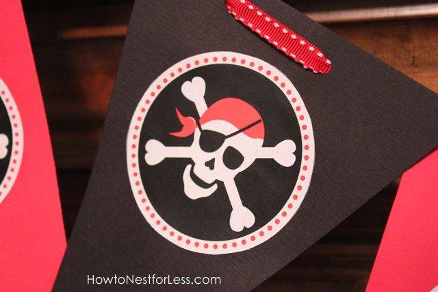Well, that's it for today!  I hope everyone enjoys the FREE pirate birthday party printables!