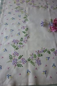 Exquisite Vintage Hand Embroidered Tablecloth Beautiful Detailed Embroidery