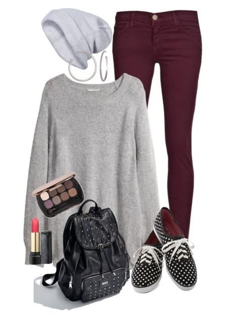 Back to school outfit (Don't really think the beanie goes, but this is so cute!! Love big sweaters.):