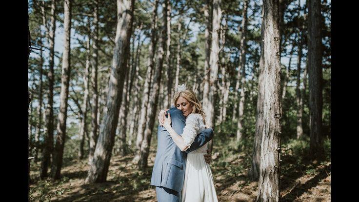 Bildspel över Anna och Björns bröllop i Byxelkrok, norra Öland, sommaren 2017.  Bröllopsfotograf Öland Bröllopsfotograf Byxelkrok  http://www.jonaskarlssonfoto.se