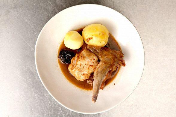 Кролик в пиве, пошаговый рецепт с фотографиями – бельгийская кухня: основные блюда. «Афиша-Еда»