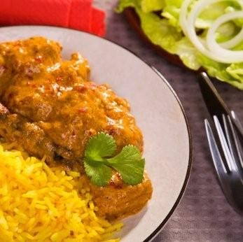 This isnt my recipe those of you who may try sneak it lol. But better luck next time. Malay chicken curry voilacapetown.com