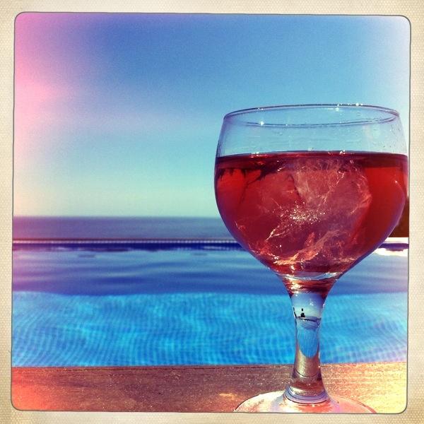 Pool Rosé