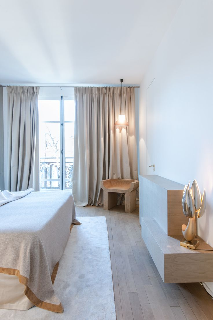 Contemporary Bedroom in Paris, FR by Isabelle Stanislas Architecture