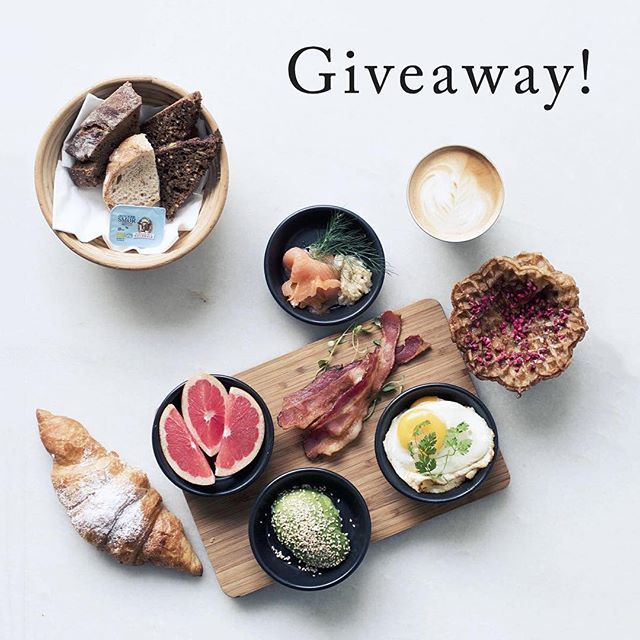 FLASH #GIVEAWAY ALERT: win a #brunch for 2 + #coffee & juice at the crazy-delicious @wulffogkonstali. Seriously, how good does this look? All you need to do is:  1. Follow @wulffogkonstali 2. Follow @scandinaviastandard  3. Like this post & comment with your favorite brunch food  That's it! One winner announced on 20th Dec. Held og lykke! #Copenhagen #wulffandkonstali