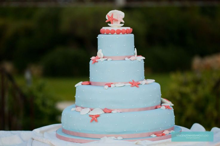 Marine wedding cake by Michela & Michela www.italianweddingcompany.com