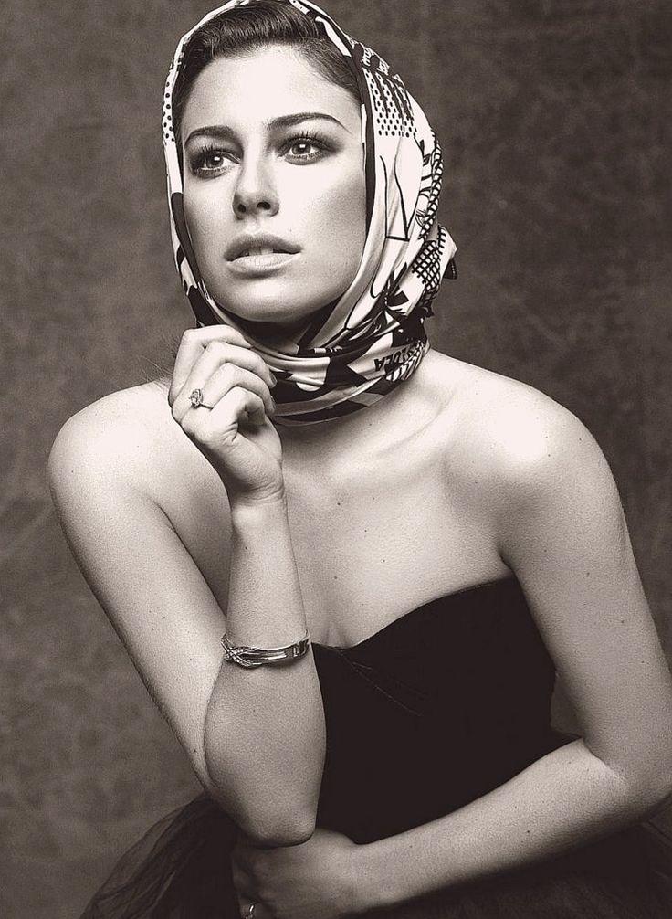 https://flic.kr/p/WqLfrd | Headscarf