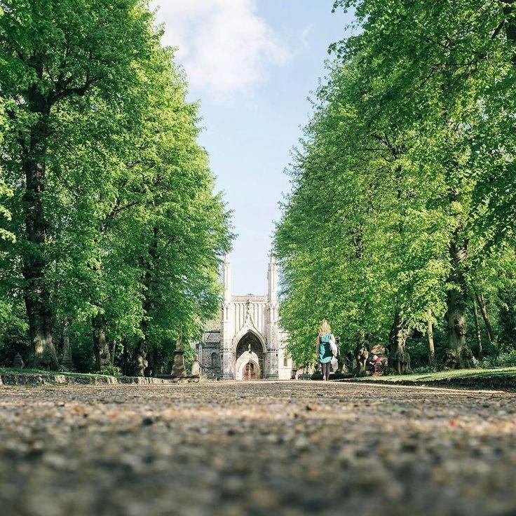 Nunhead Cemetery 1840年に作られた南ロンドンにある墓地ですロンドンにある7つのビクトリア時代の墓地のうちの一つだそう#london #nunheadcemetery #ロンドン#イギリス