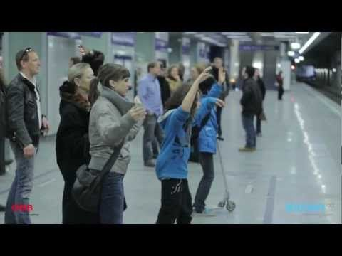 UniCredit-Bank Austria: Human Motion Tracking and Gesture Recognition - Interactive Digital Signage - YouTube