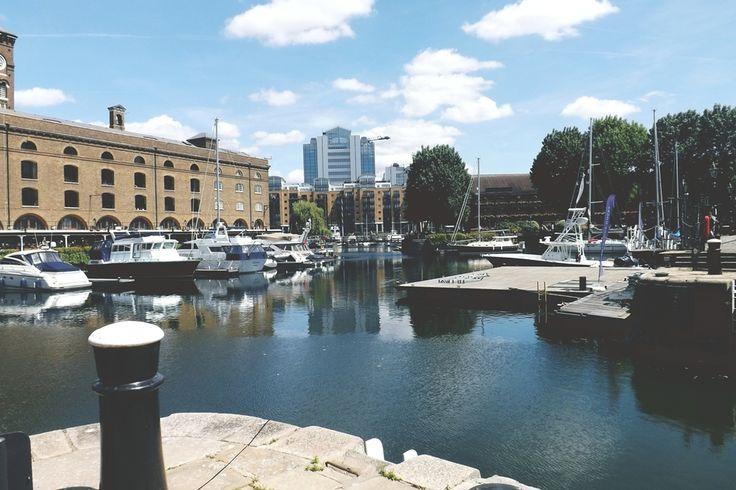 St. Katharine Docks (baía). Centro de Londres, Bairro de Tower Hamlets/foto: Detalhe Brasil