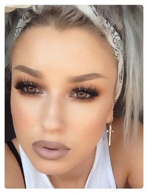 Recreate this look using the following Younique makeup. Splurge Cream Shadows: Prime entire lid, on lid use Dainty, in crease use Extravagent, line lower lash line with extravagent, line upper lash line with Perfect eye pencil, line water line with Perfect, finish eyes with D+ Mascara, Use Seductive Blush, line lips & fill in using Pouty lip liner & top with Well To Do lipstick.