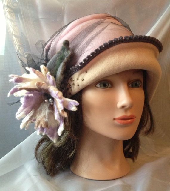 Fleece cloche hat women ladies pale pink black lilac by Tatiana123, $95.00