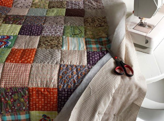 Memoryquilt; made of used Bor*z shirts. By Handwerkjuffie.