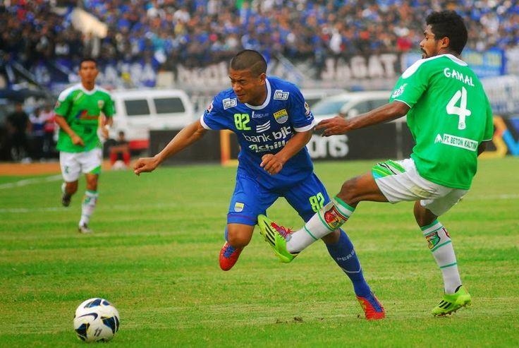 Mitra Kukar tumbang 1-2 di kandang Persib Bandung | AlbarruNews